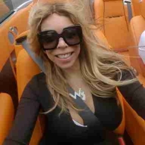 Talk Show Host Wendy Williams Shares Sexy Pic In Her Car
